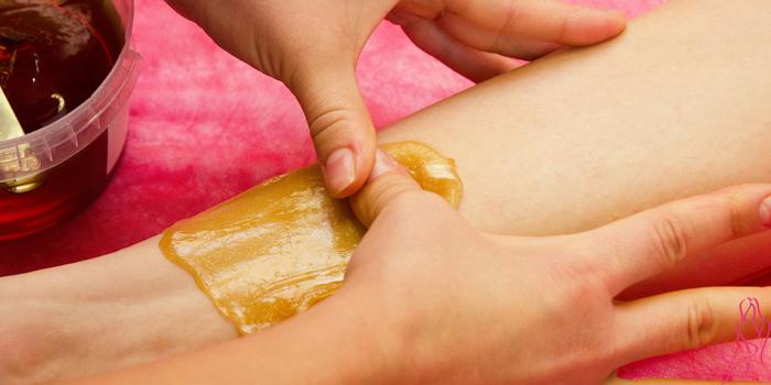 Чем обезжирить кожу перед шугарингом в домашних условиях