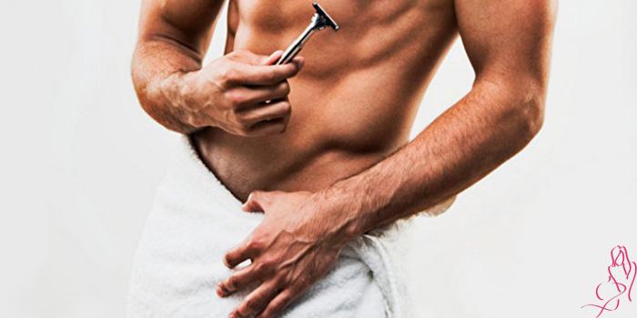 Нужно ли брить интимную зону у мужчин